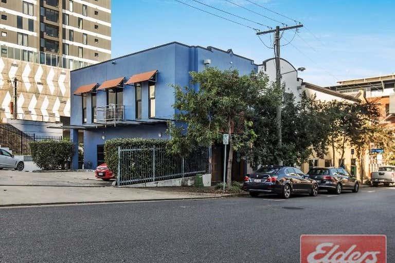 1/77 Hope Street South Brisbane QLD 4101 - Image 1