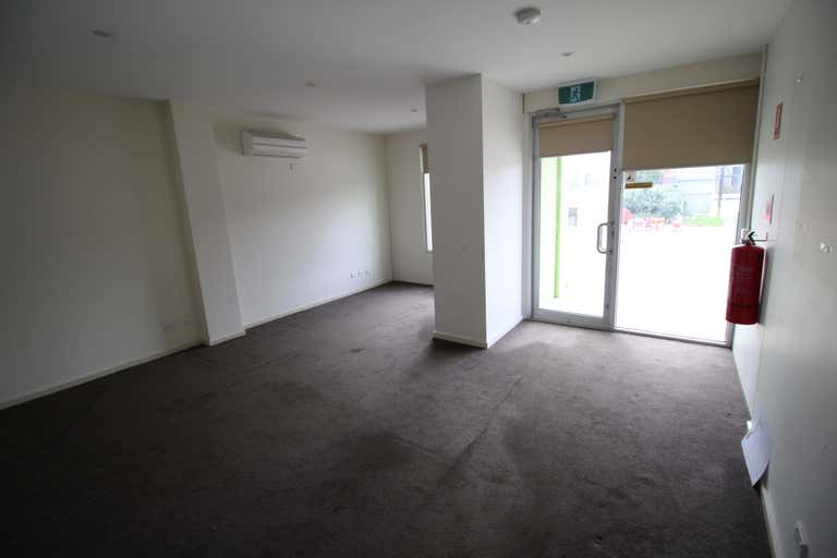 1C Kendra Court Seaford VIC 3198 - Image 2
