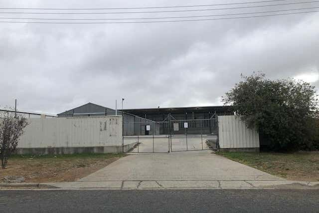 Whole Property, 4 Arnott Street Hume ACT 2620 - Image 4
