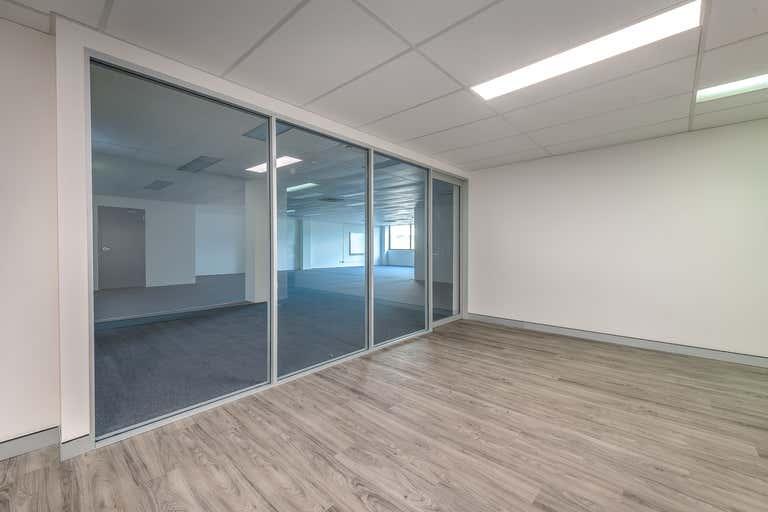102B / 9 Bay Street Southport QLD 4215 - Image 1