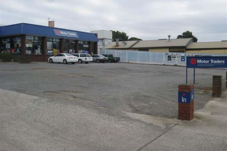 24-26 Mortlock Terrace Port Lincoln SA 5606 - Image 2