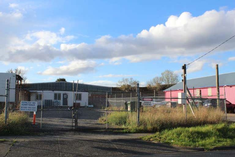 8 Fraser Street Airport West VIC 3042 - Image 4