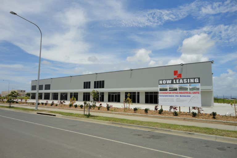 Units 1 to 4, 181-195 Maggiolo Drive, Mackay Paget QLD 4740 - Image 4