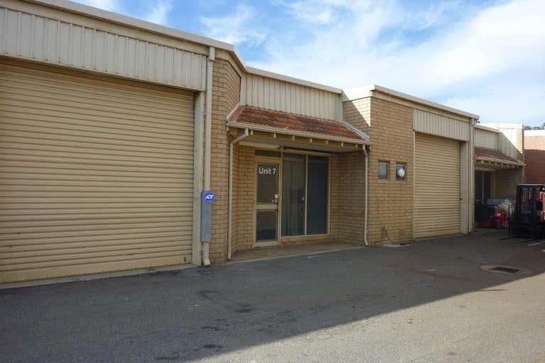 7/53  Prindiville Drive Wangara WA 6065 - Image 2