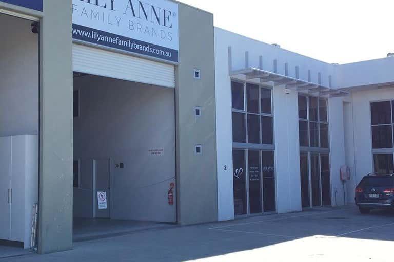 2/5 Taree Street Burleigh Heads QLD 4220 - Image 3