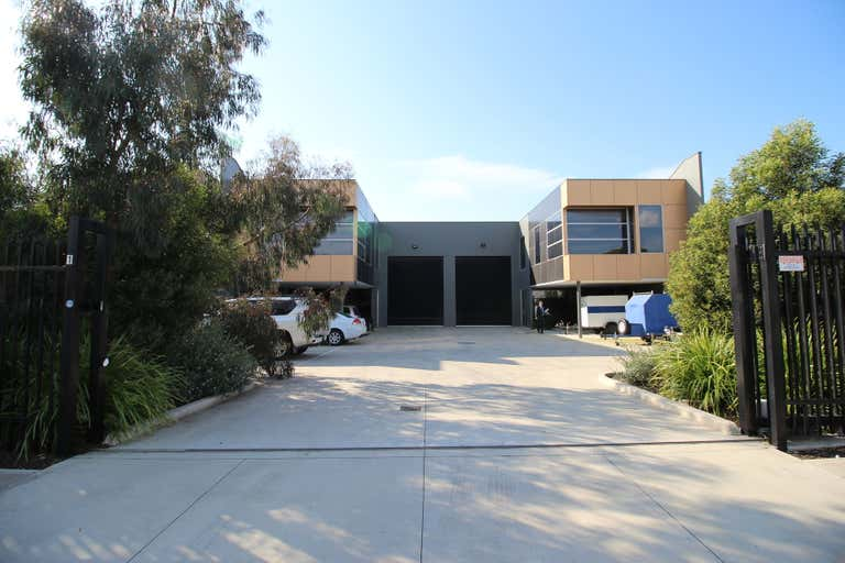 2/12 Network Drive Carrum Downs VIC 3201 - Image 2