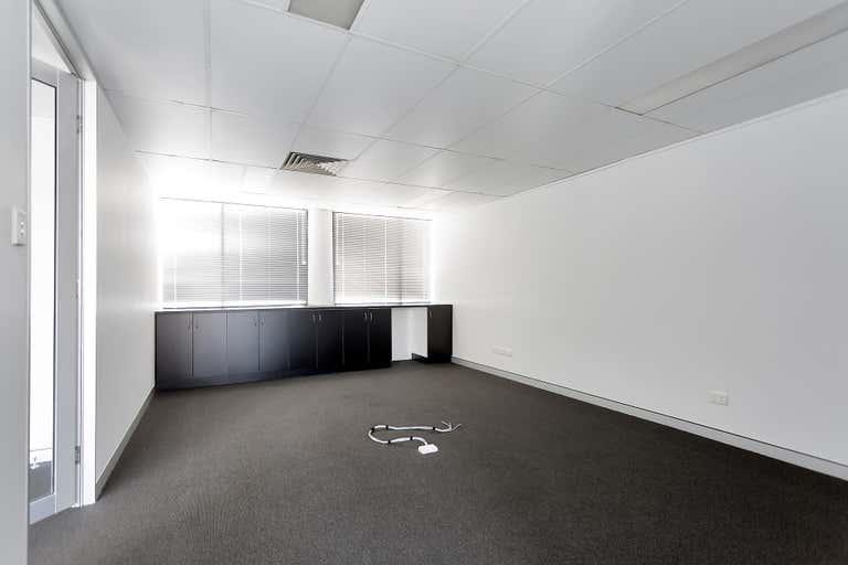 FF02, 58 Sydney Street Mackay QLD 4740 - Image 3