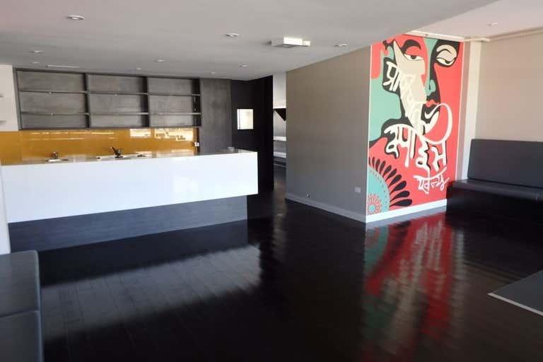 381 Bay Street Port Melbourne VIC 3207 - Image 2