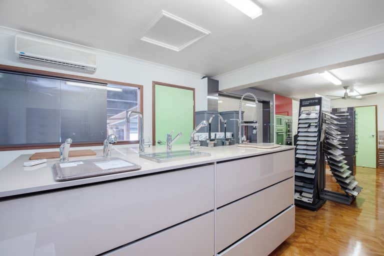 2/73 Lawrence Drive Nerang QLD 4211 - Image 4