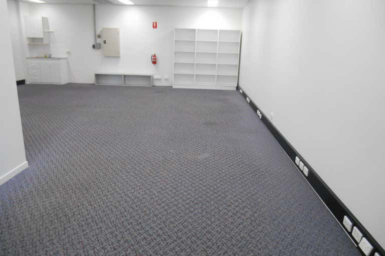 4/55 Main Street Pialba QLD 4655 - Image 2