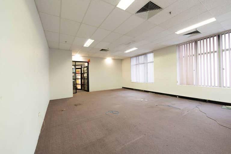 3/180  Bourke Street Melbourne VIC 3000 - Image 4