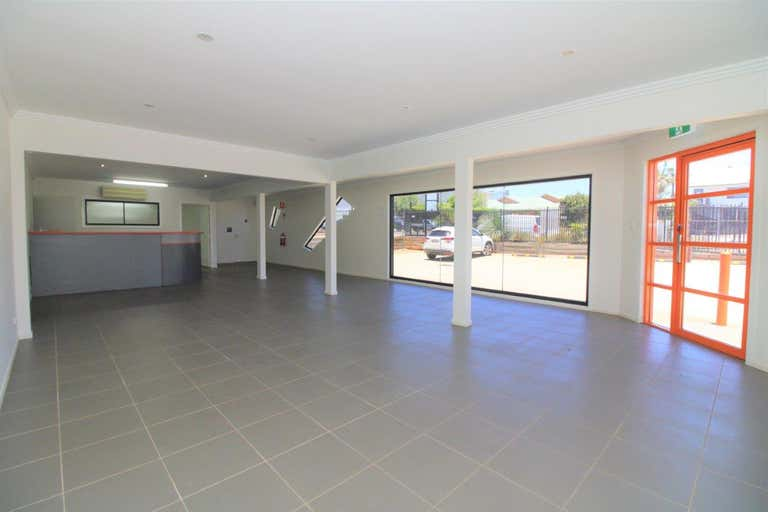 1/15 Freighter Avenue Wilsonton QLD 4350 - Image 4