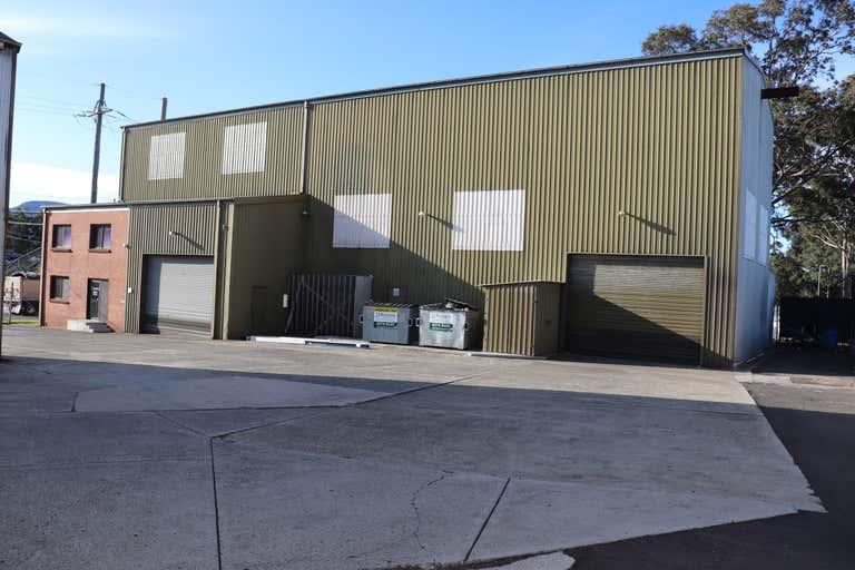 1/5 Glastonbury Avenue Unanderra NSW 2526 - Image 2