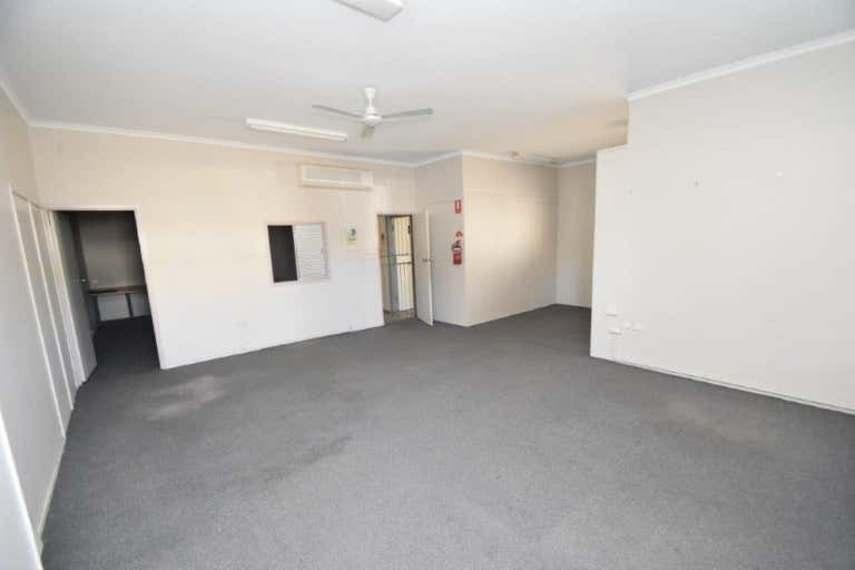 1/28 French Street Pimlico QLD 4812 - Image 3