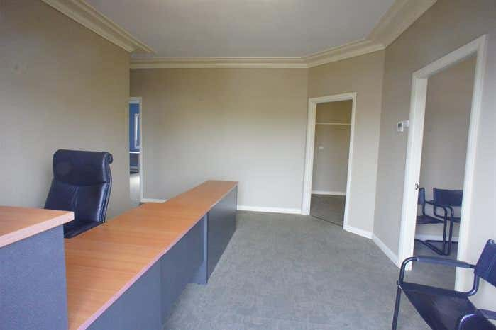 32 Groves Road Bennetts Green NSW 2290 - Image 2