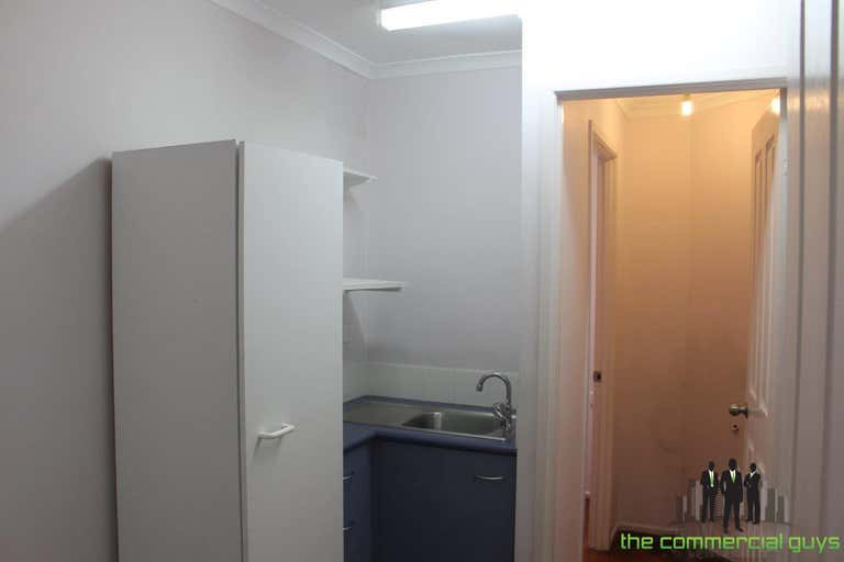 2/17 Benabrow Ave Bellara QLD 4507 - Image 4