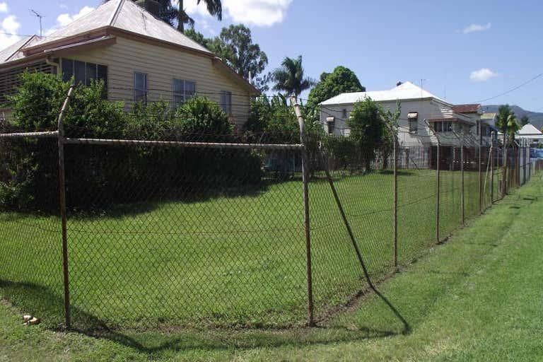 273 DENISON STREET Rockhampton City QLD 4700 - Image 2