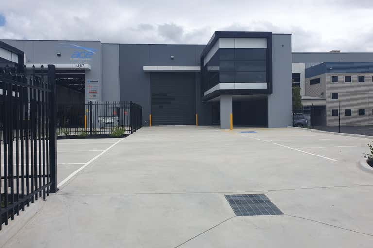 2/7 NETWORK DRIVE Carrum Downs VIC 3201 - Image 1