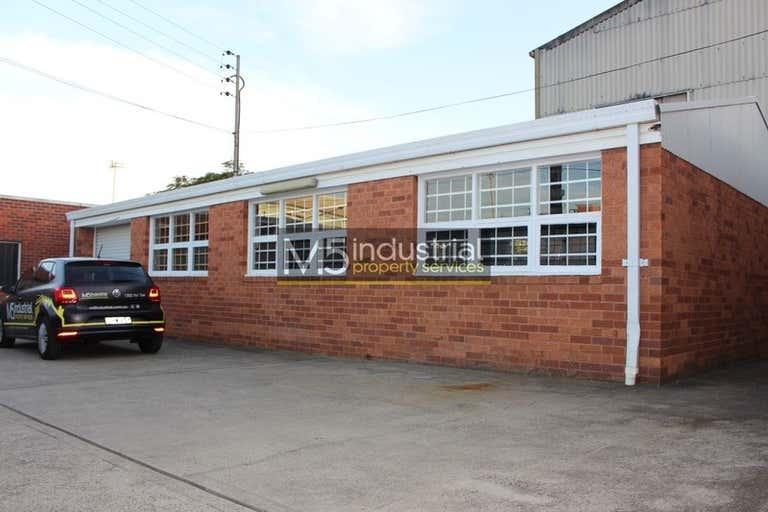 6/21 Stanley Street Peakhurst NSW 2210 - Image 4