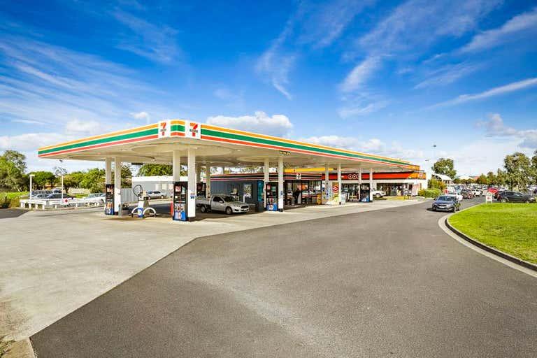1015 South Gippsland Highway Cranbourne North VIC 3977 - Image 1