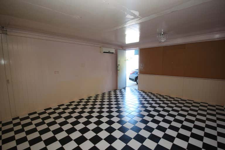 Suite 8, 203 Kings Road Pimlico QLD 4812 - Image 4
