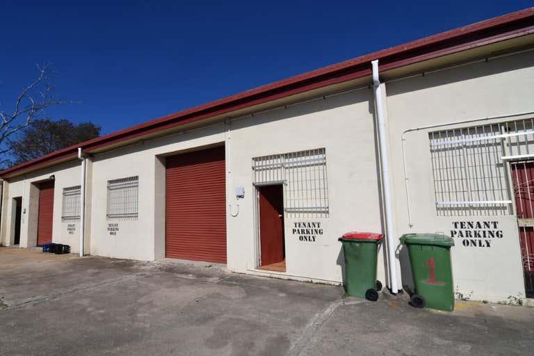 2/27-29 Casey Street Aitkenvale QLD 4814 - Image 1