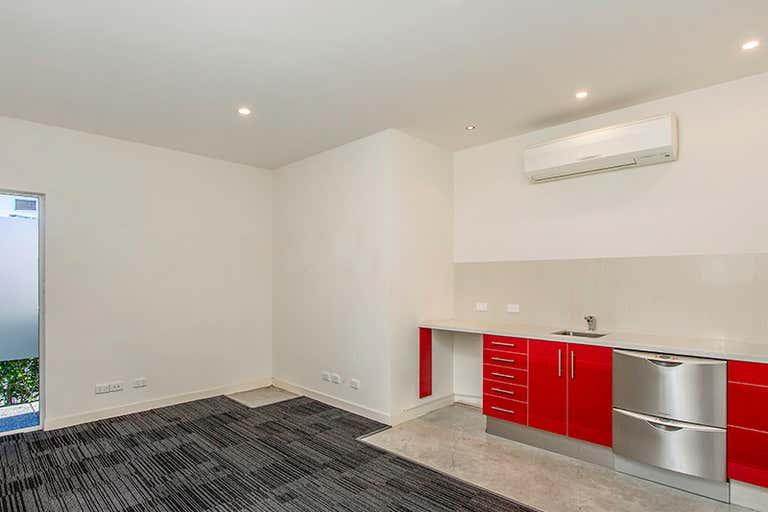 165a Long Street East Graceville QLD 4075 - Image 2