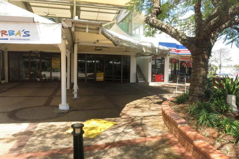 3/17 Tedder Ave Main Beach QLD 4217 - Image 3