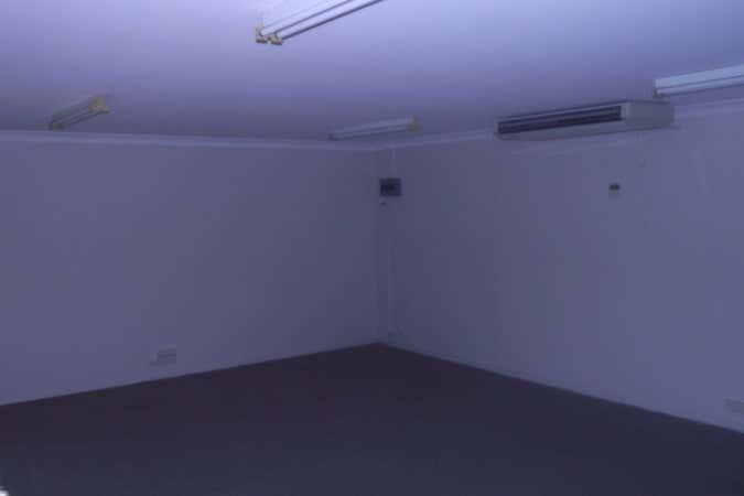 Shop 4 99 Musgrave Street Berserker QLD 4701 - Image 3