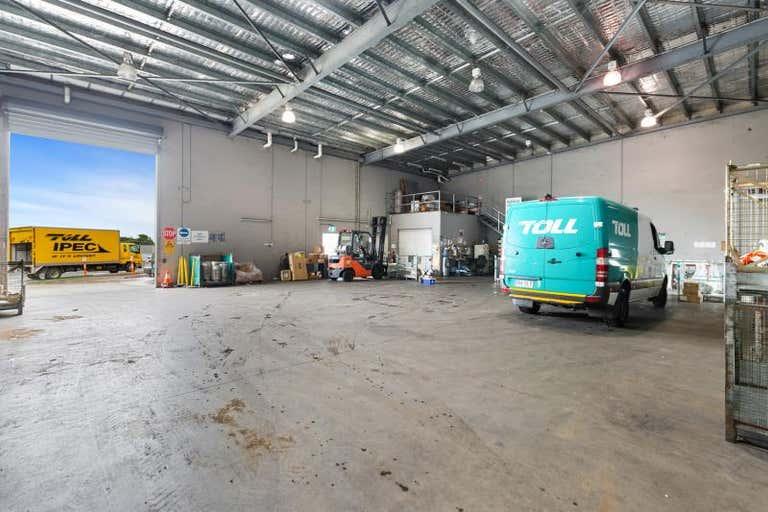 SHED B, 236- 238 Lion Creek Road West Rockhampton QLD 4700 - Image 4