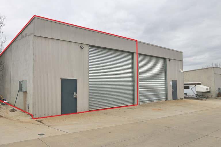 2/23 Copland Street Wagga Wagga NSW 2650 - Image 1
