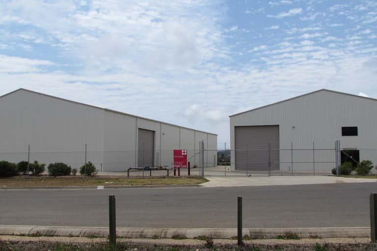 3 George Mamalis Place Callemondah QLD 4680 - Image 1