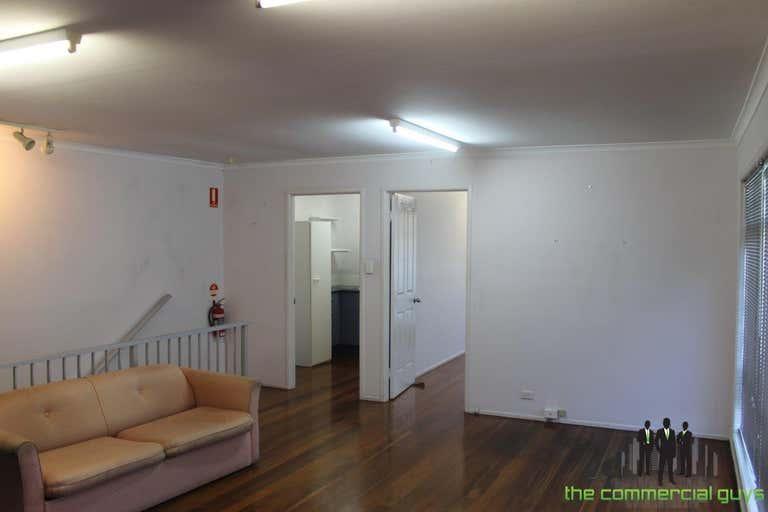 2/17 Benabrow Ave Bellara QLD 4507 - Image 2