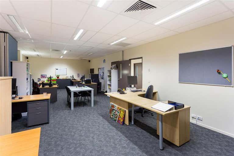 14 Proe Street Newstead QLD 4006 - Image 3