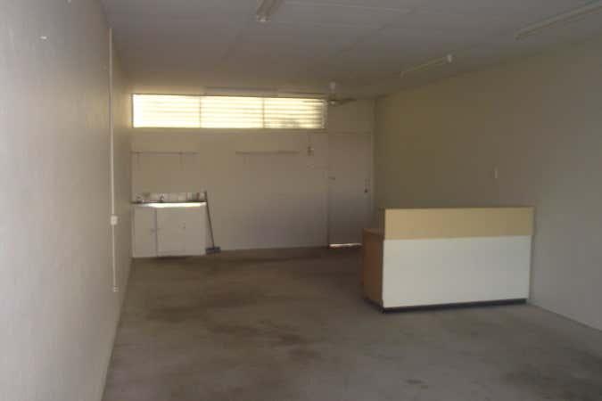 SHOP 2, 149 CANNING STREET Allenstown QLD 4700 - Image 2