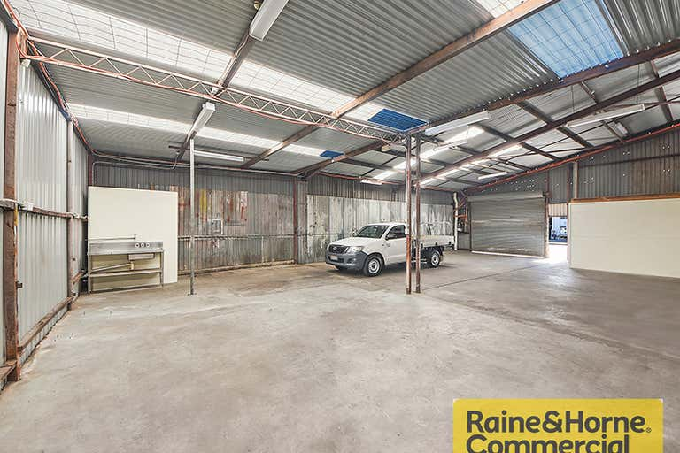 2/21 Basalt Street Geebung QLD 4034 - Image 2