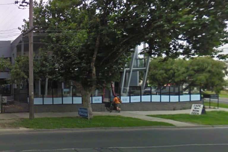 1/816 Lorimer Street Port Melbourne VIC 3207 - Image 1