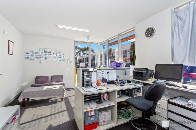 3/10 Henderson Rd Knoxfield VIC 3180 - Image 3