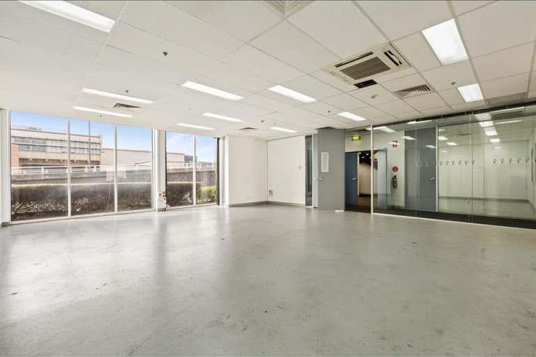 Gateway Business Park, 157 Salmon Street Port Melbourne VIC 3207 - Image 3