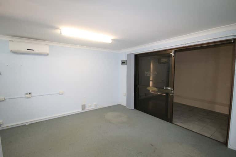 The White House, Suite 1, 99 MUSGRAVE STREET Berserker QLD 4701 - Image 3