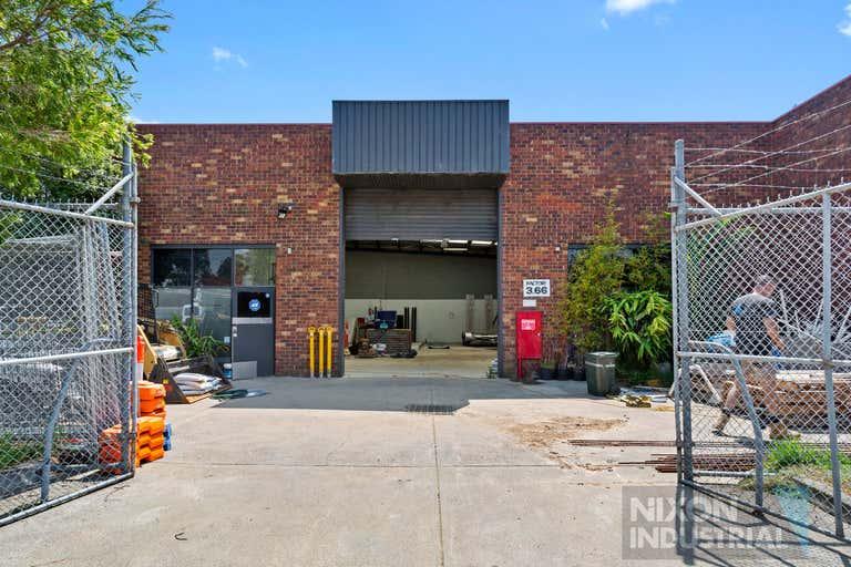 3/66 Industrial Drive Braeside VIC 3195 - Image 2