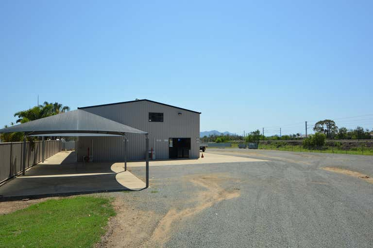 7 Alexander Court Gracemere QLD 4702 - Image 1