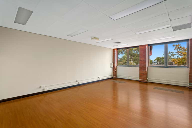 5  314/360 Childs Road Mill Park VIC 3082 - Image 3