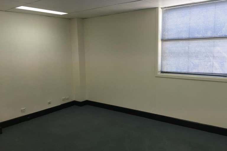 McNamara House, Suite  5, 60-62 McNamara Street Orange NSW 2800 - Image 4