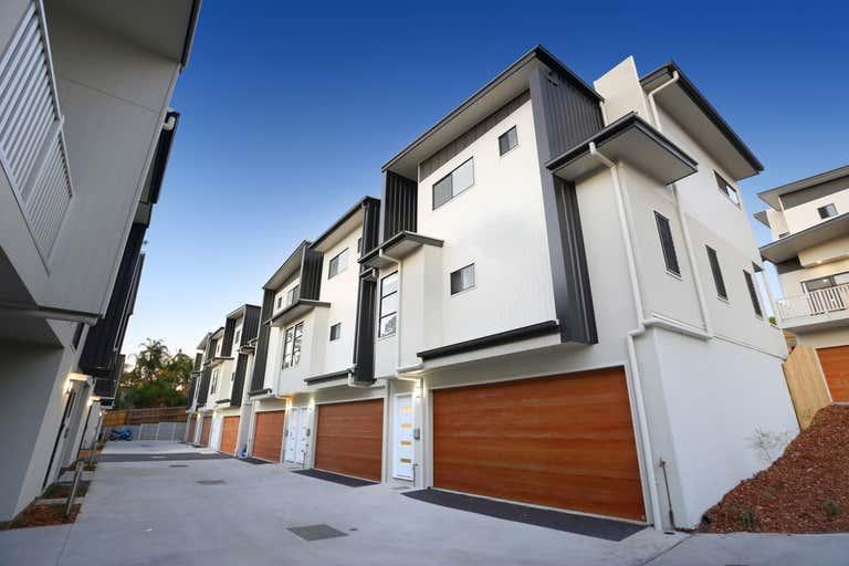 Everton Hills QLD 4053 - Image 2