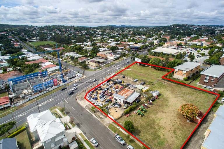 909-915 Logan Road Holland Park West QLD 4121 - Image 1