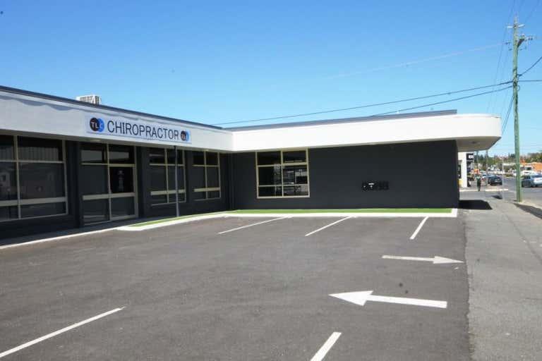 Suite 3, 71  DENHAM STREET Rockhampton City QLD 4700 - Image 2