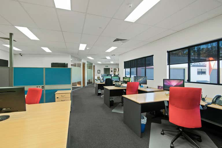 Quality fit out office space. - Image 1