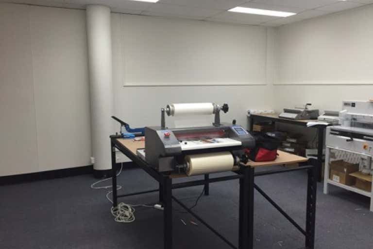 2B/23 Nind Street Southport QLD 4215 - Image 4