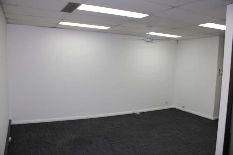 Suite 6 Top floor, 629  Kingsway Miranda NSW 2228 - Image 4